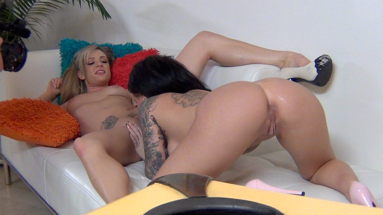 Christy Mack and Dahlia Sky on the Couch